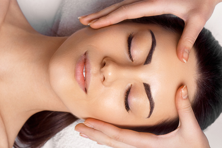 Ginas Spa provides the best Facial services in Kitchener Waterloo | Skin revitalizing Facials